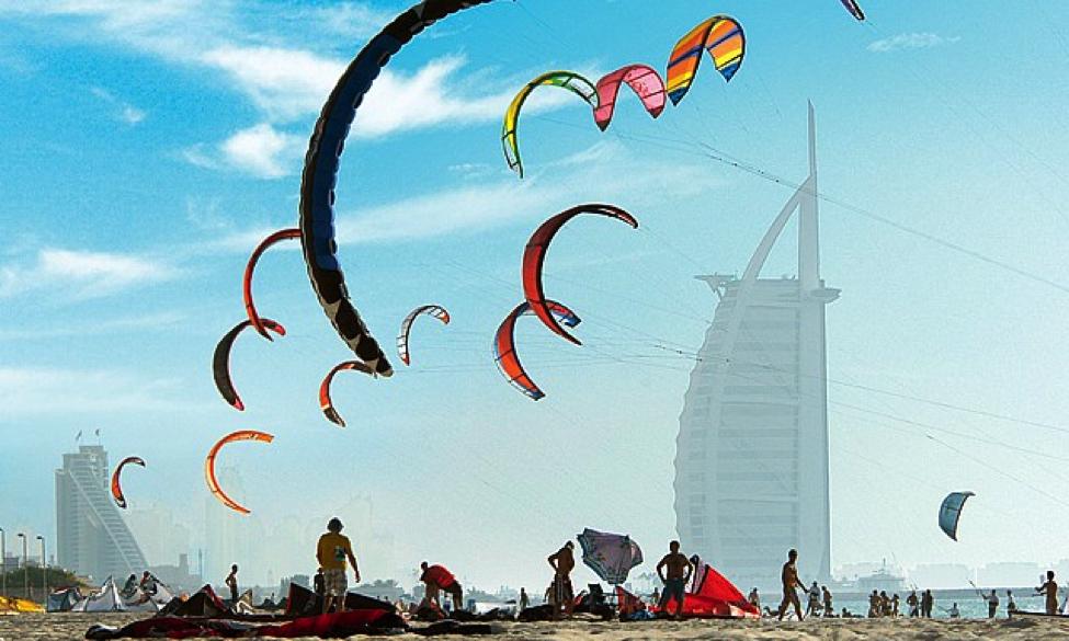 kite surfing in Dubai